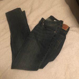 Women's Levi's 524 Skinny size 13